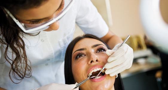 hygenist-dental-assistant image